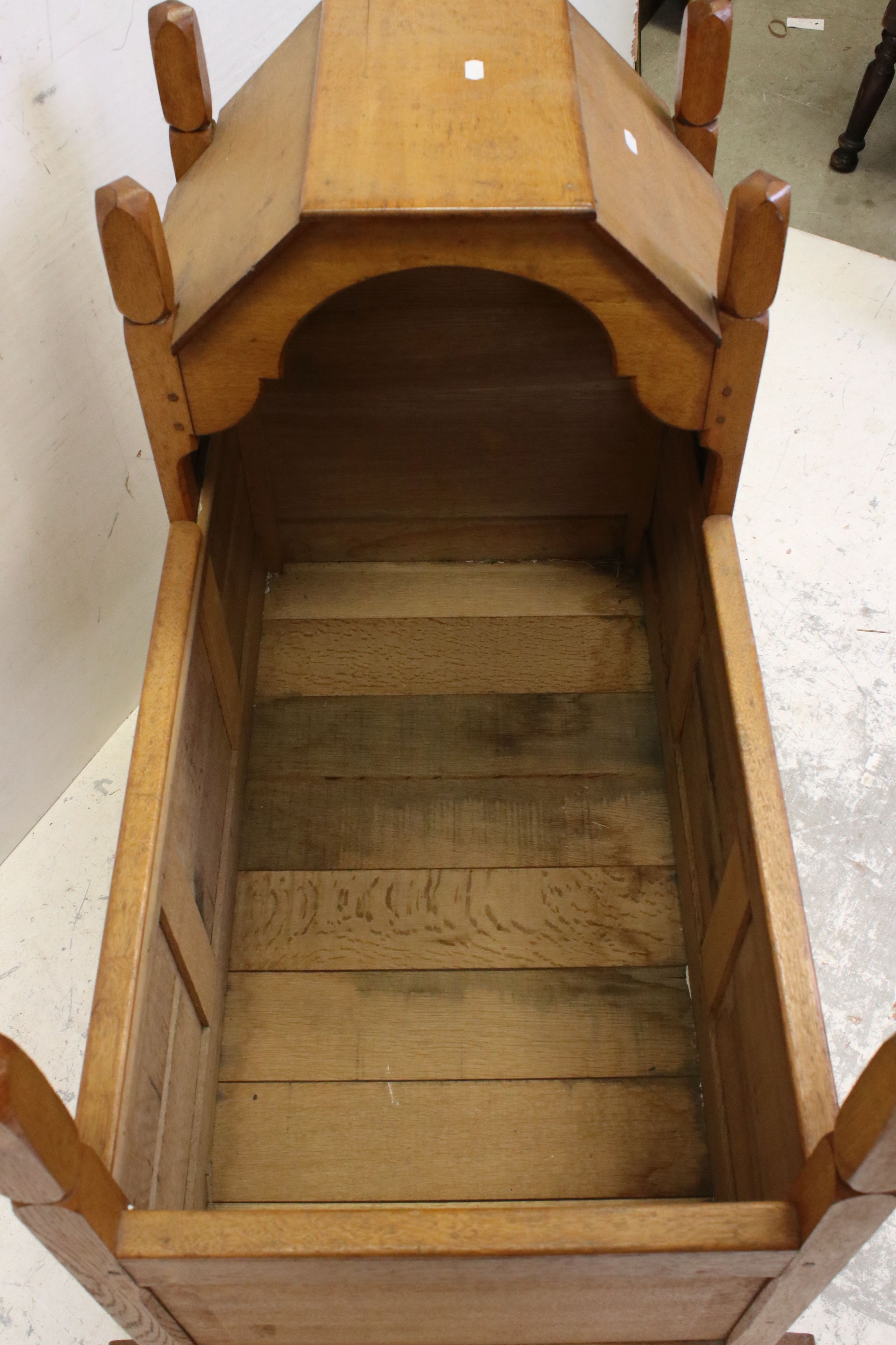 Oak Rocking Crib of panelled construction in the Cotswold School manner, 81cms long - Image 4 of 4