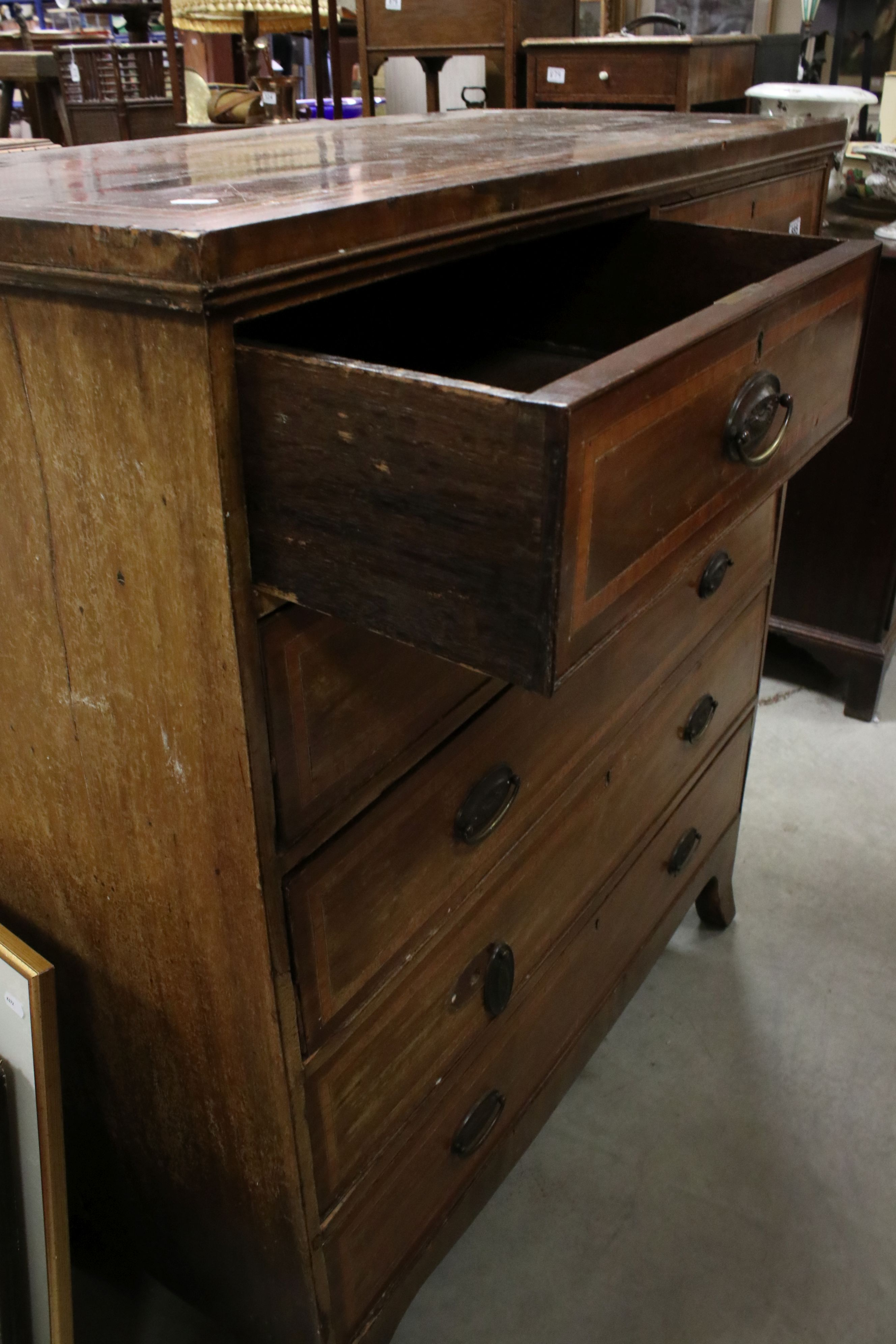 Early 19th century Mahogany Inlaid Chest of Two Short over Three Long Drawers, raised on swept - Image 3 of 5