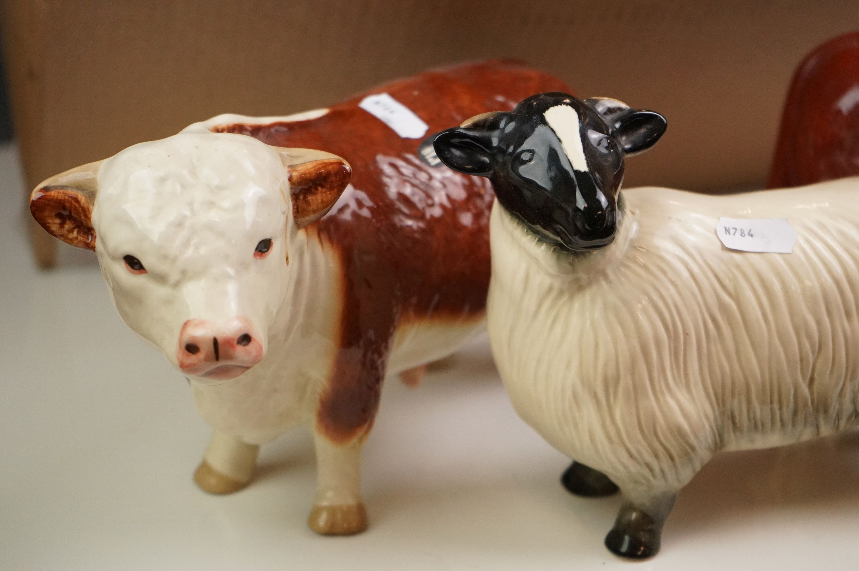 A group of mixed ceramics to include wade and cooper craft animals. - Image 4 of 6