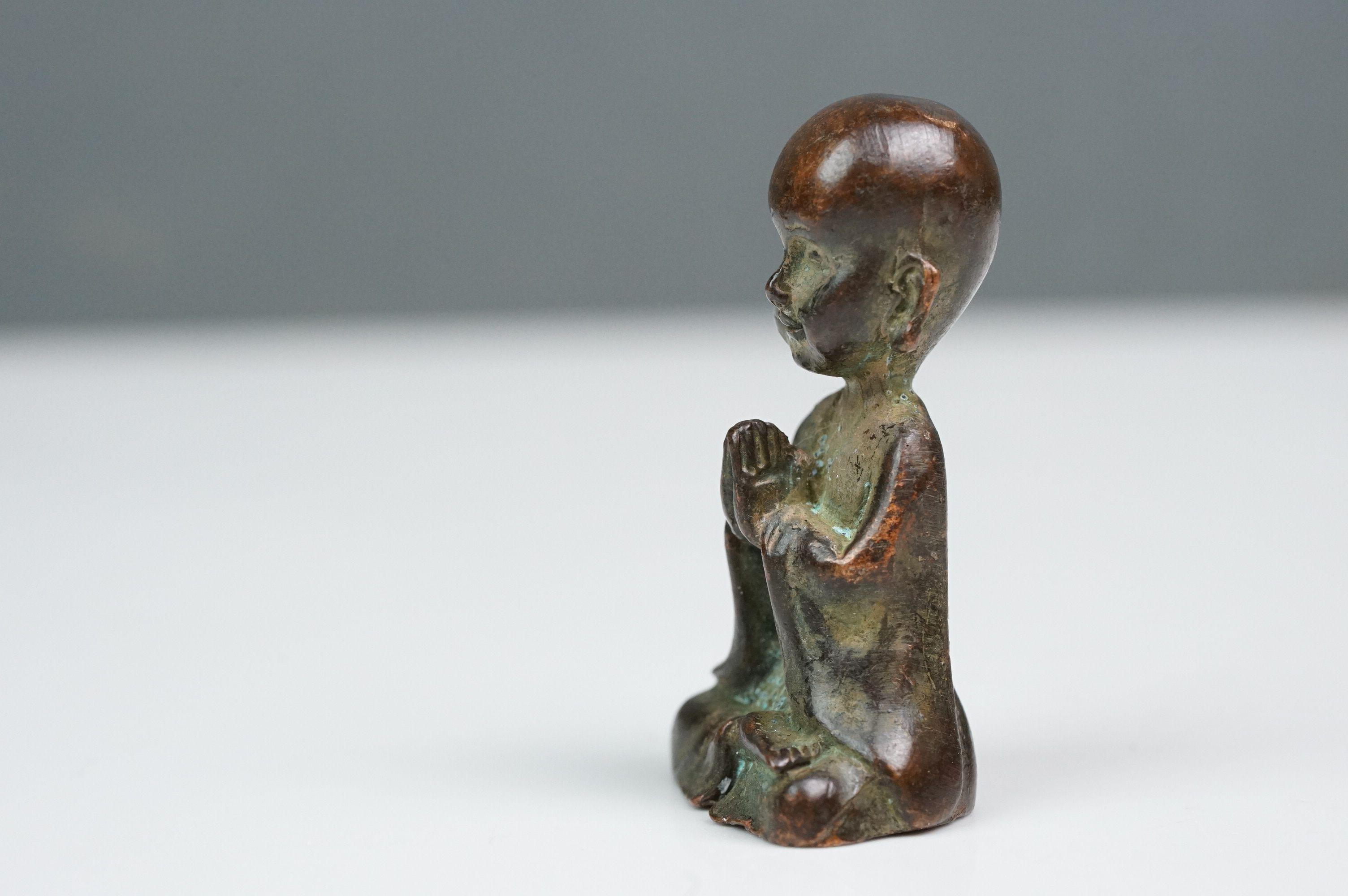 Bronze seated Buddha at prayer - Image 3 of 6