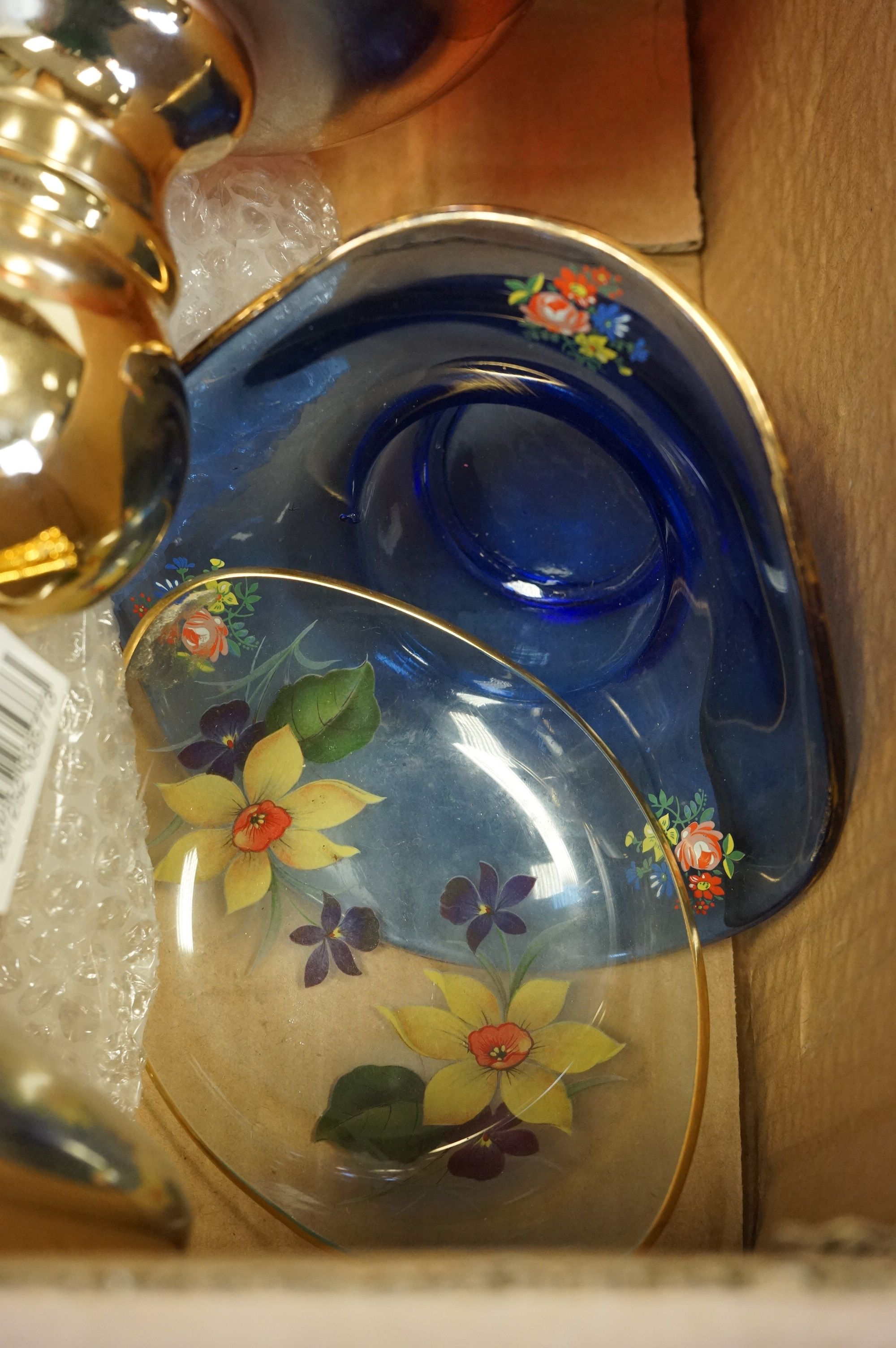 Collection of assorted coloured glassware, to include Italian - Image 2 of 4