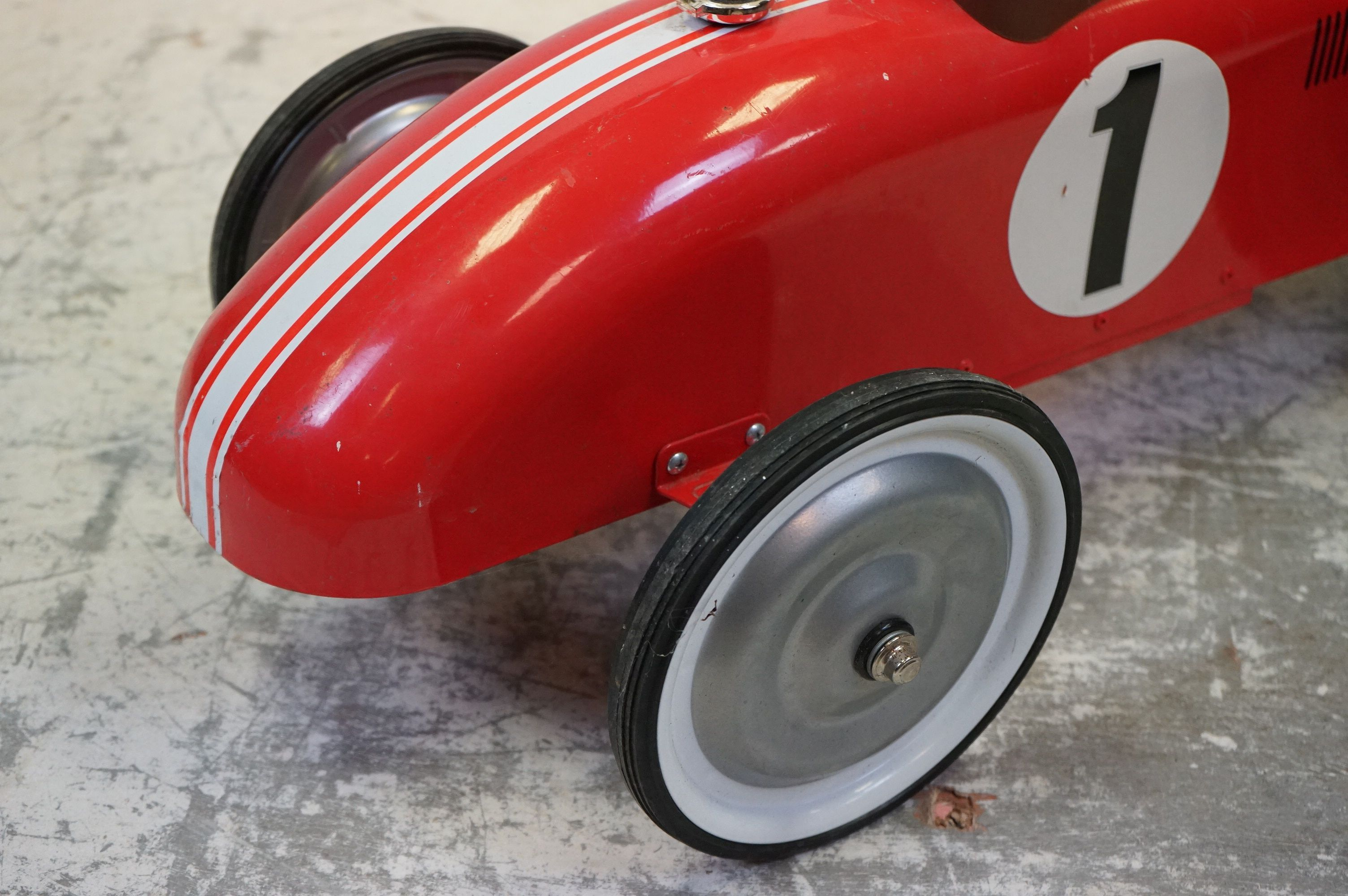A contemporary metal red Childs racing car. - Image 4 of 5