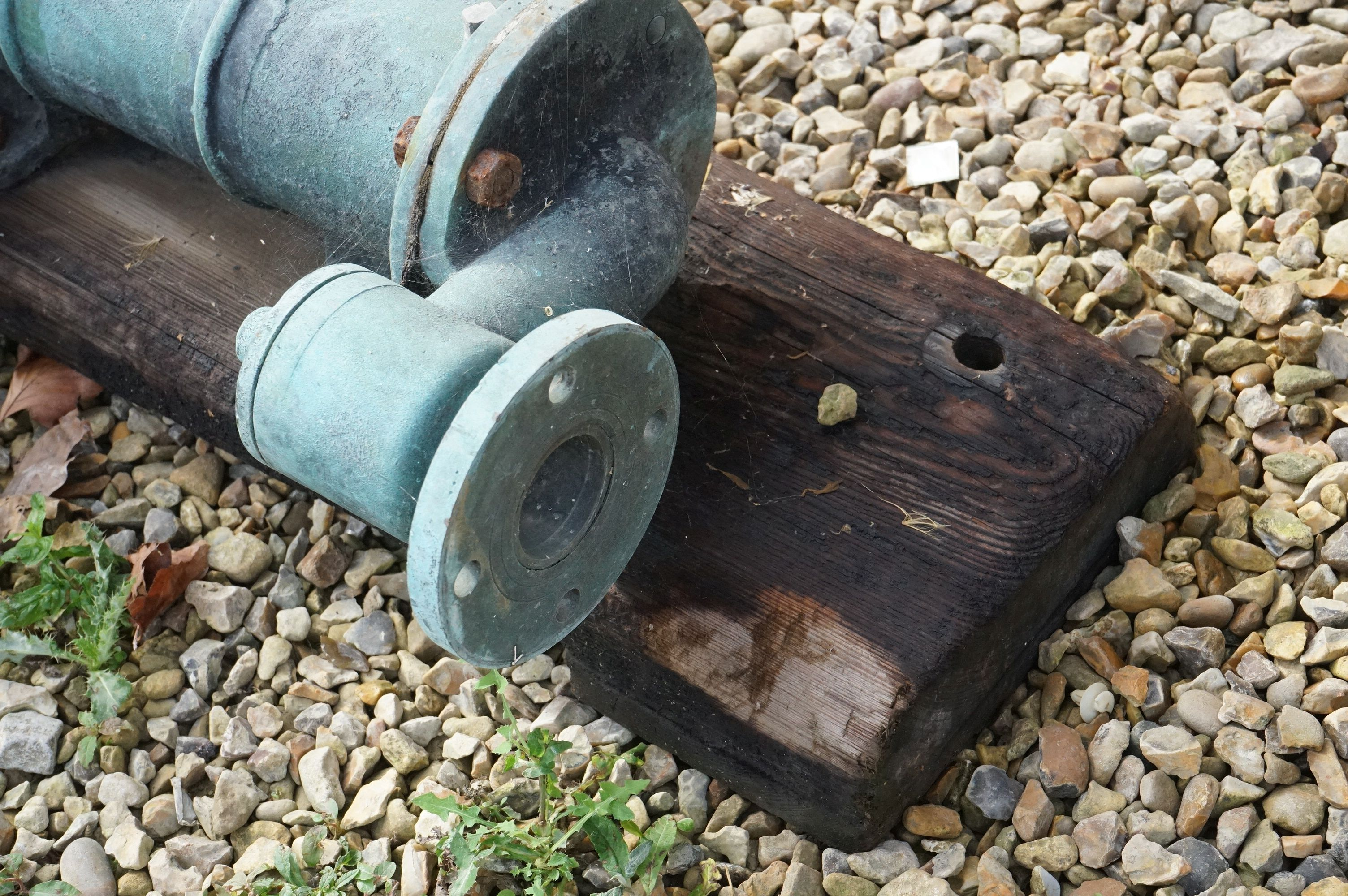 Antique Iron Hand Pump (green patina) mounted on a Wooden Board approx165cms high - Image 5 of 5