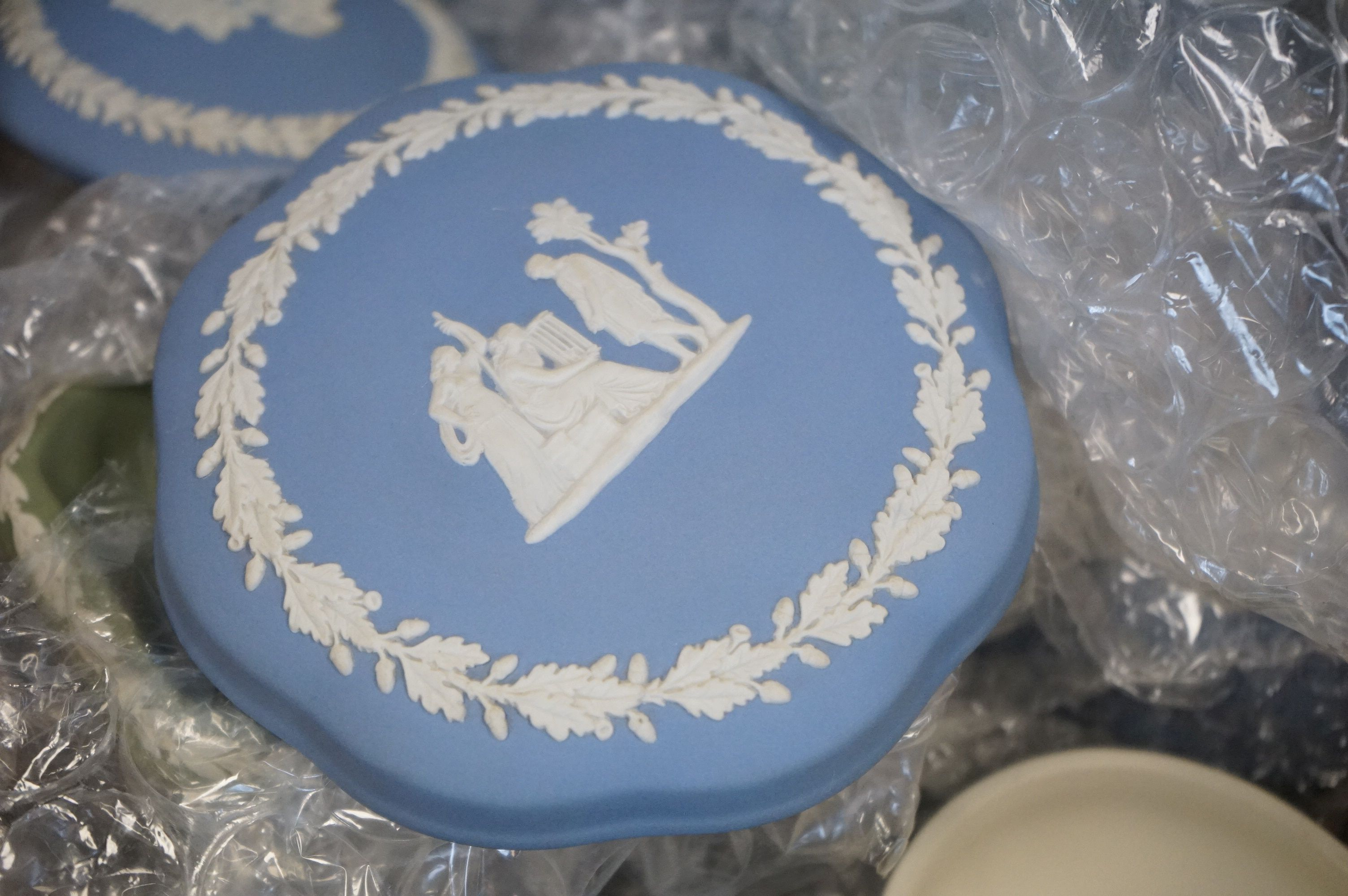 A collection of Wedgwood jasper ware to include trinket boxes and pin dishes. - Image 2 of 3