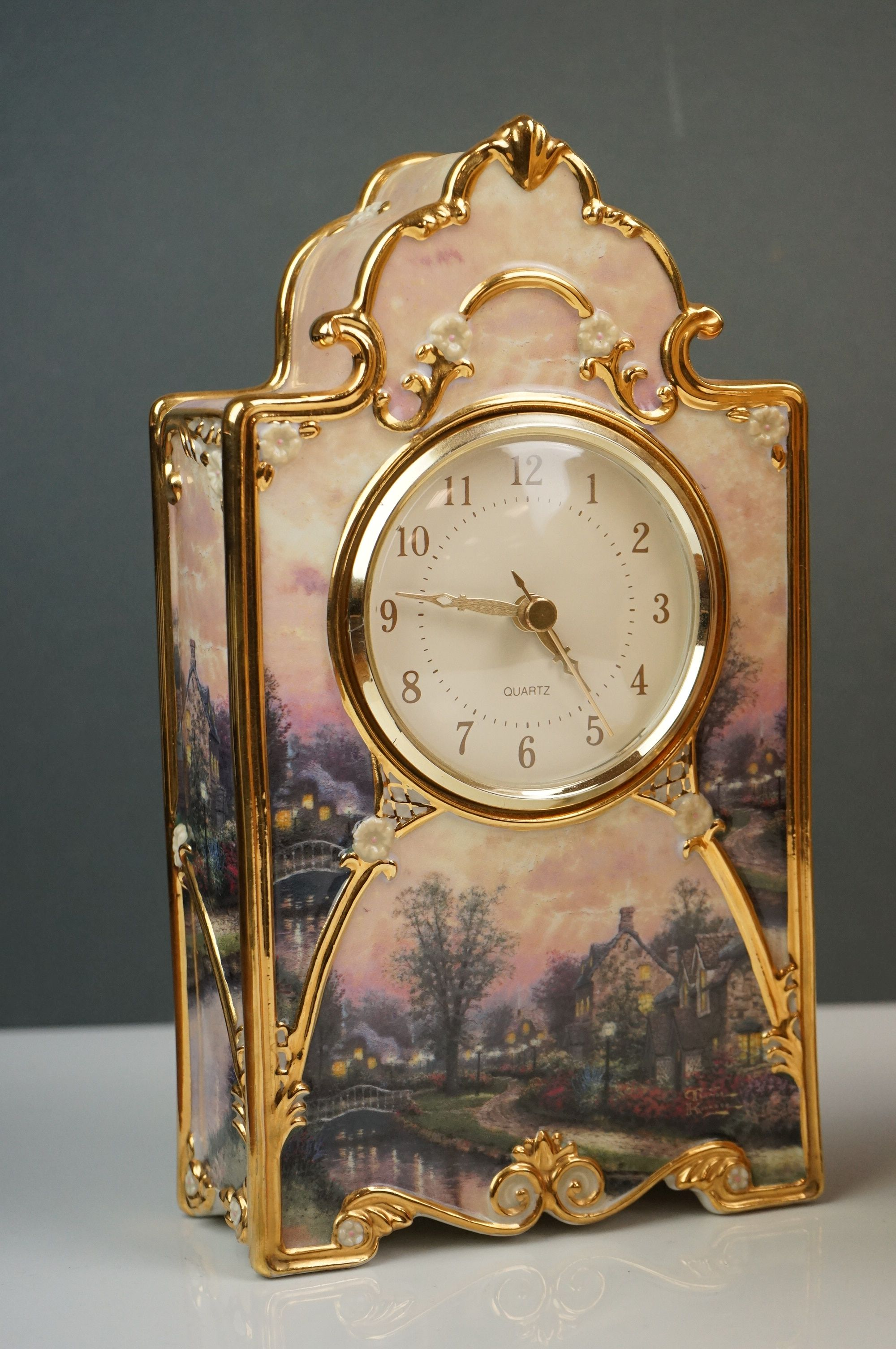 Bradford Exchange Lamplight Lane Heirloom porcelain clock by Thomas Kinkade, issue no. A9321, - Image 2 of 9