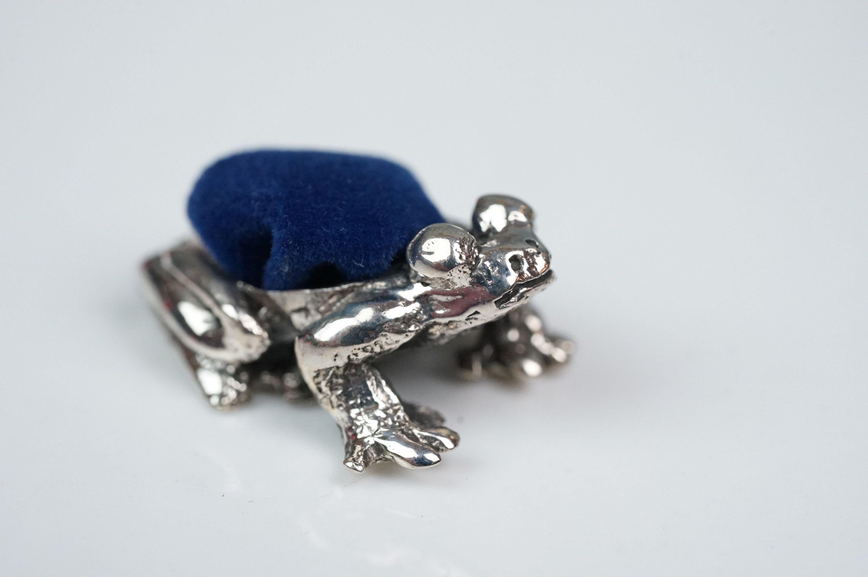 Silver frog pincushion - Image 4 of 4