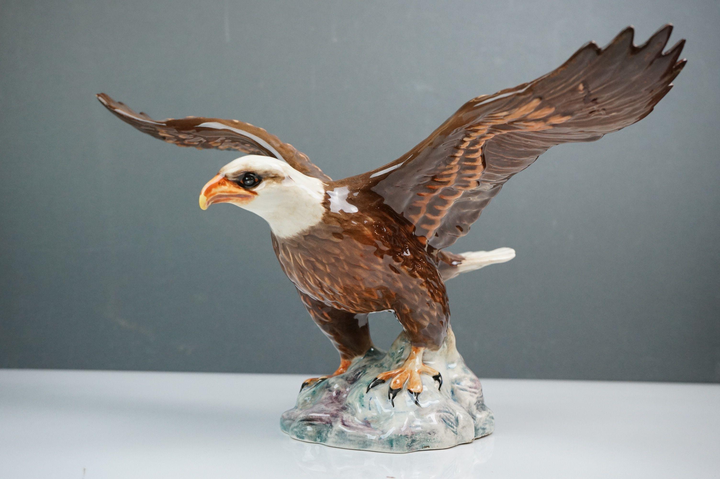 Beswick Eagle on Rock (no. 2307), Beswick Owl (no. 1046a) and Beswick Kingfisher (no. 2371) - Image 4 of 11