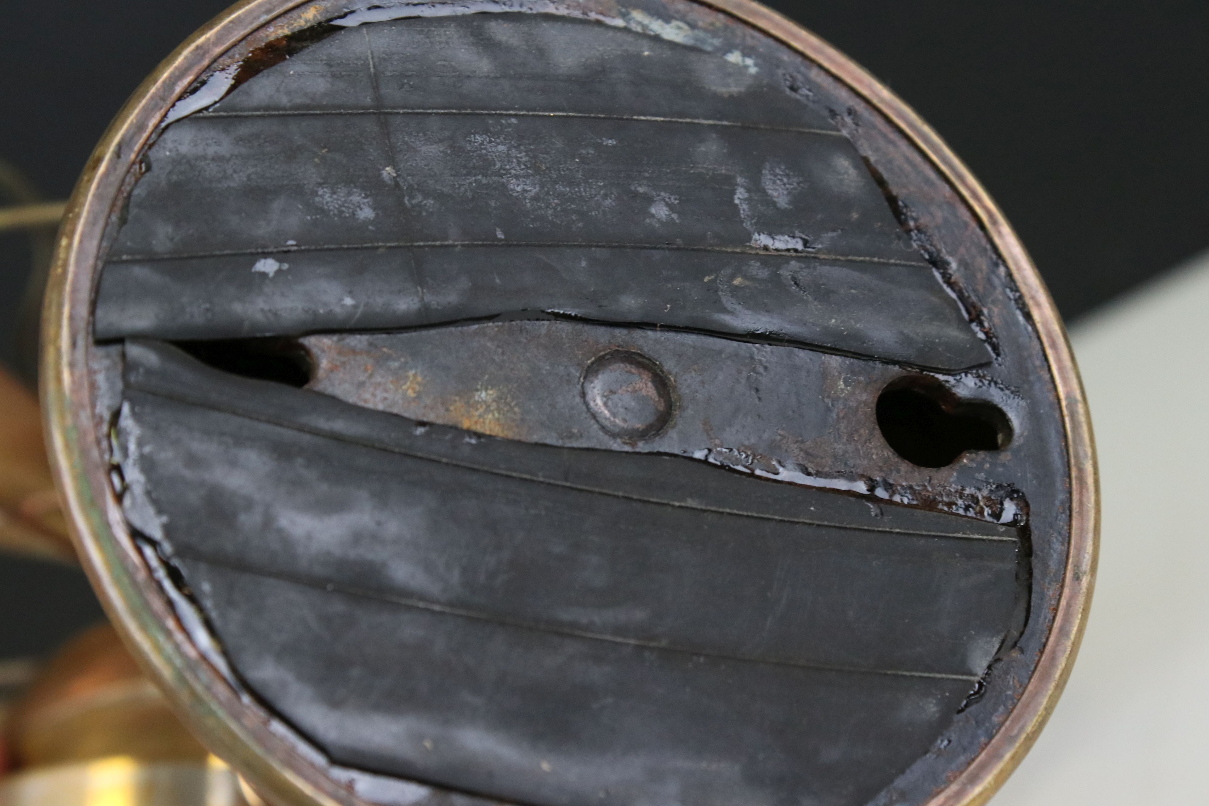 Early 20th century Brass Desk Fan, 32cms high - Image 5 of 5