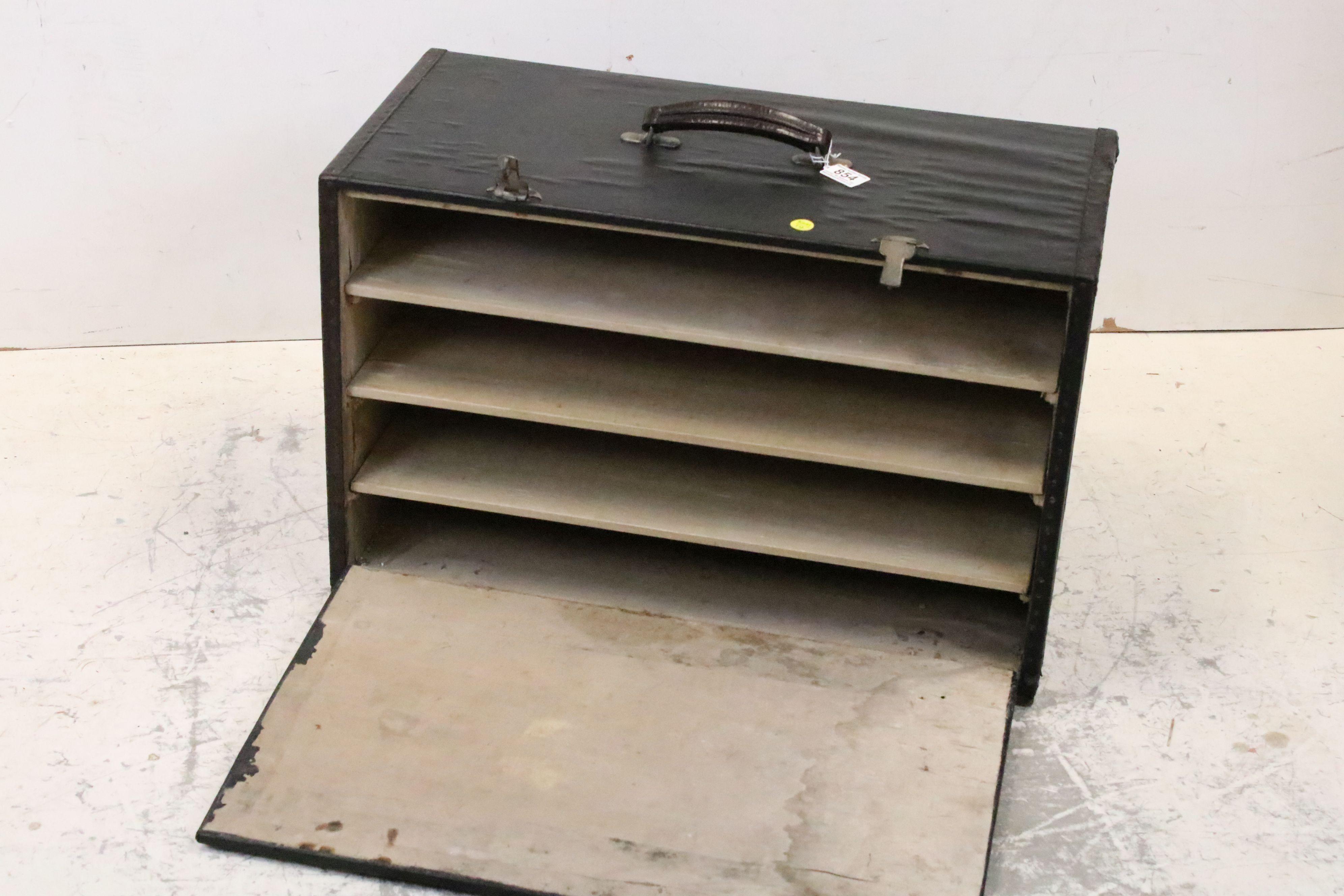 Vintage black leatherette travelling salesman's case - Image 2 of 5