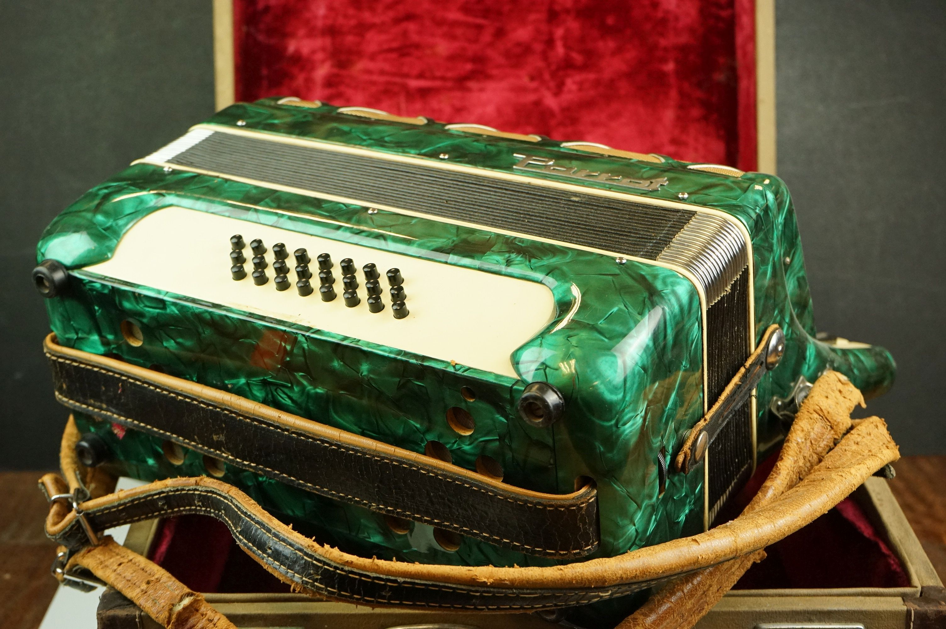 A vintage Parrot Accordion in green in original fitted case. - Image 3 of 10