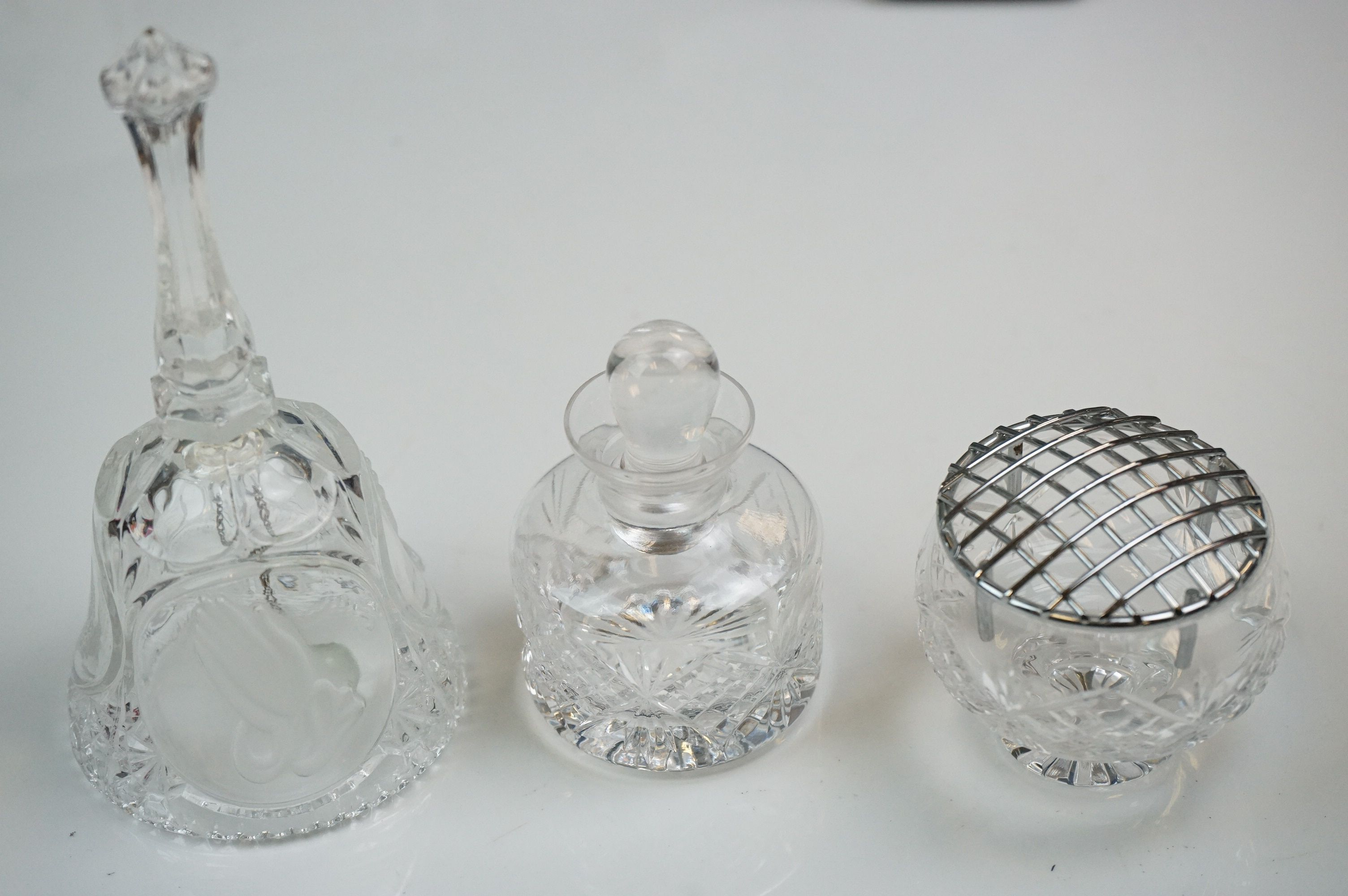 A collection of Swarovski crystal collectables to include Bell, rose vase, inkwell.etc. - Image 2 of 8