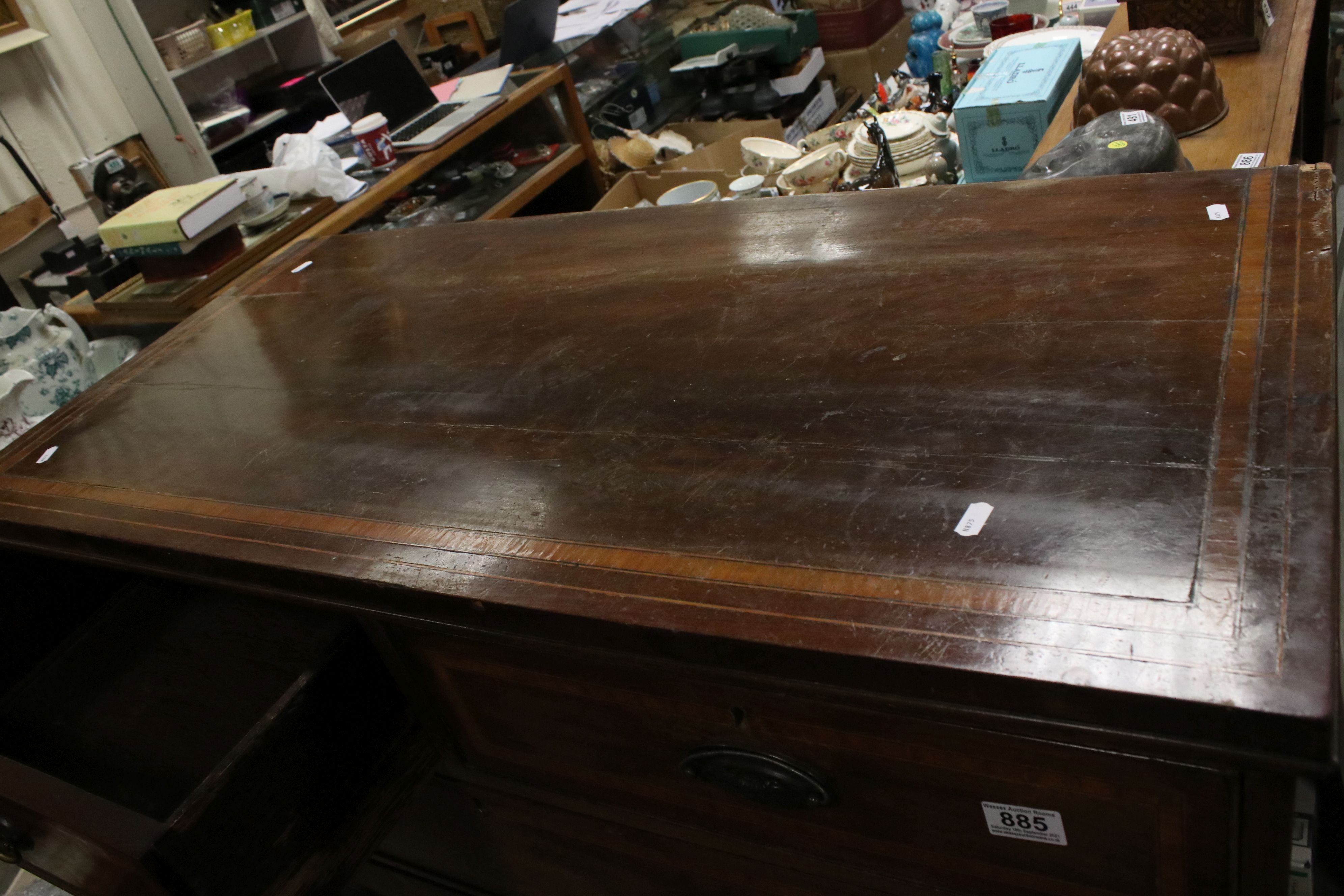 Early 19th century Mahogany Inlaid Chest of Two Short over Three Long Drawers, raised on swept - Image 4 of 5