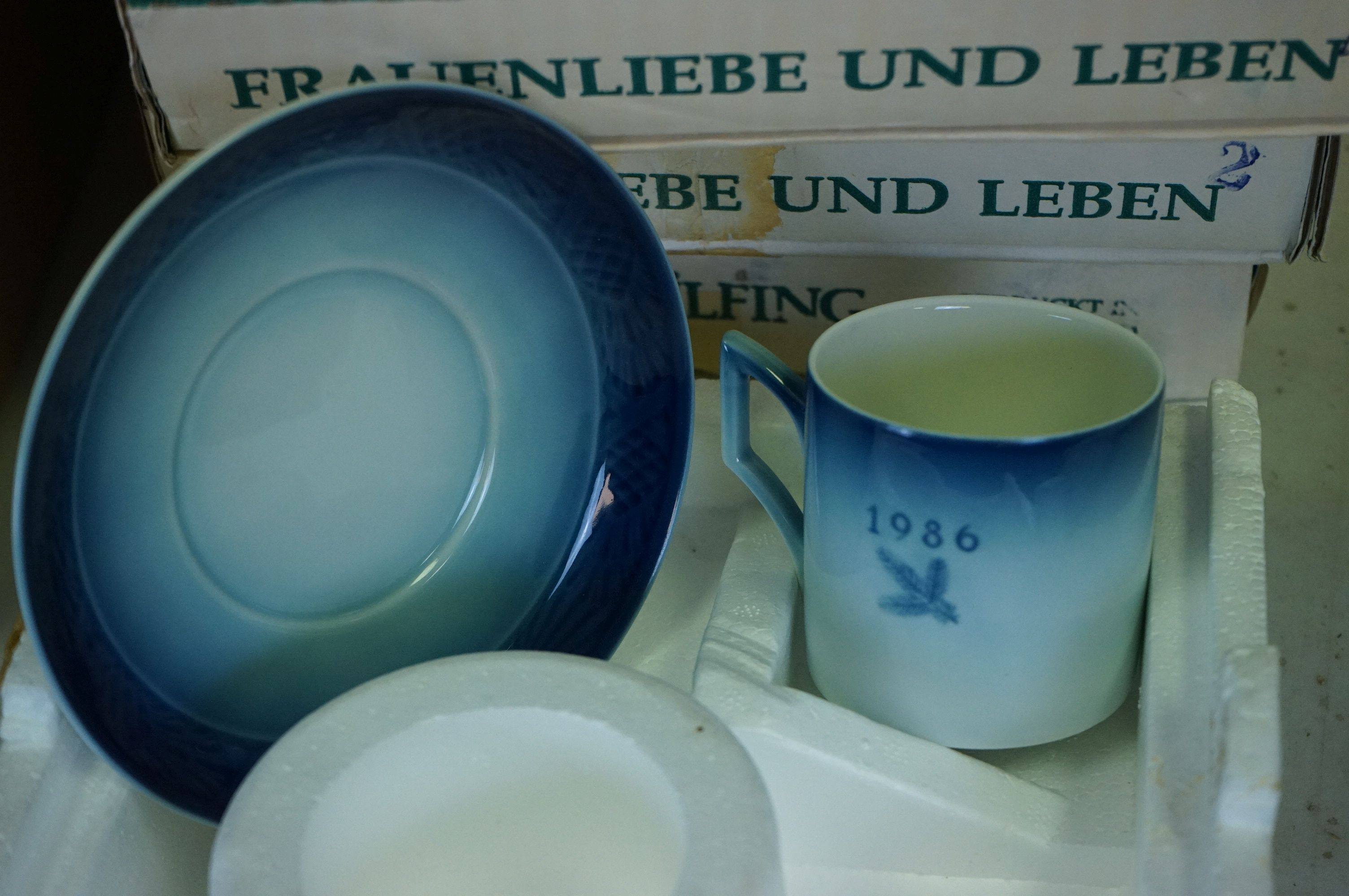 A collection of The Bradford Exchange collectors plates. - Image 3 of 5