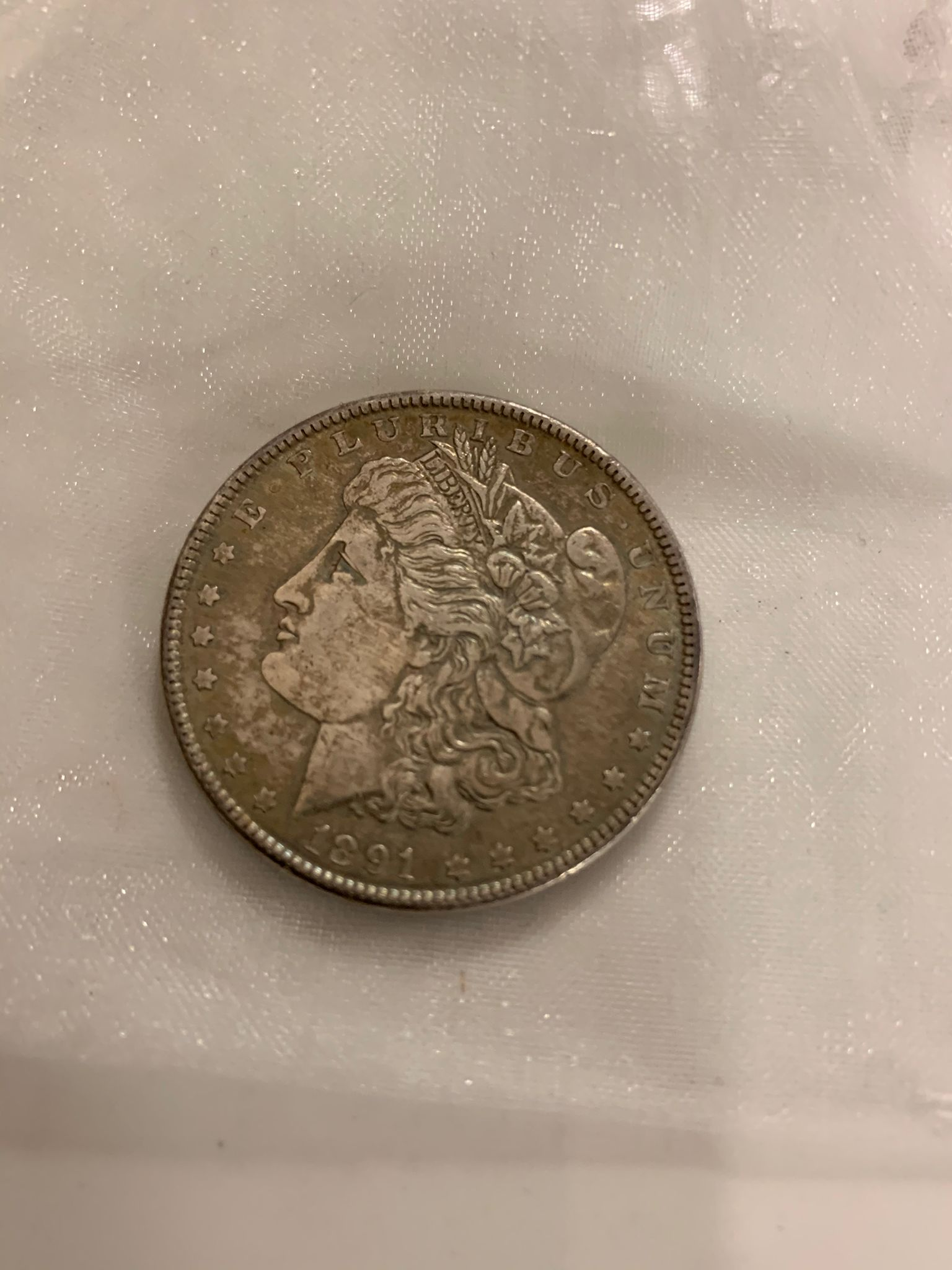 A collection of British and world coins to include commemorative and proof examples - Image 9 of 9