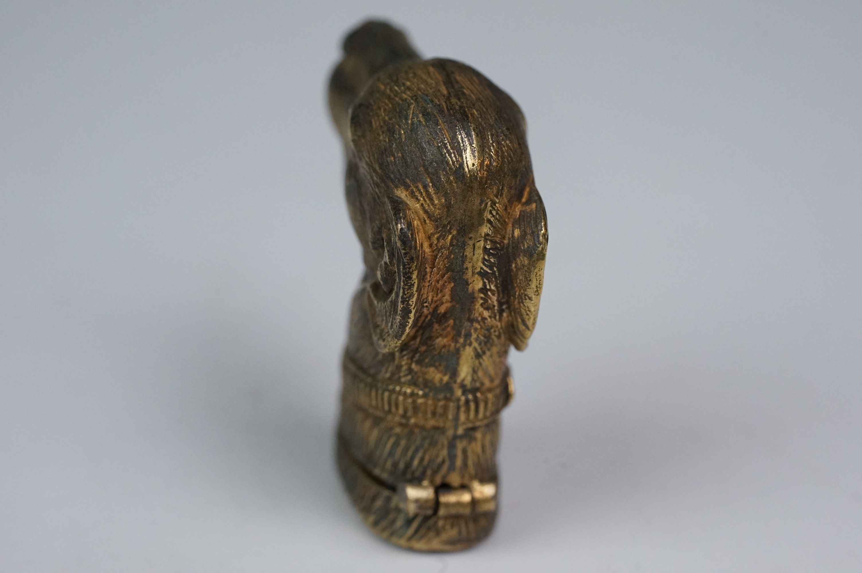 Brass vesta in the form of a dog's head - Image 3 of 5