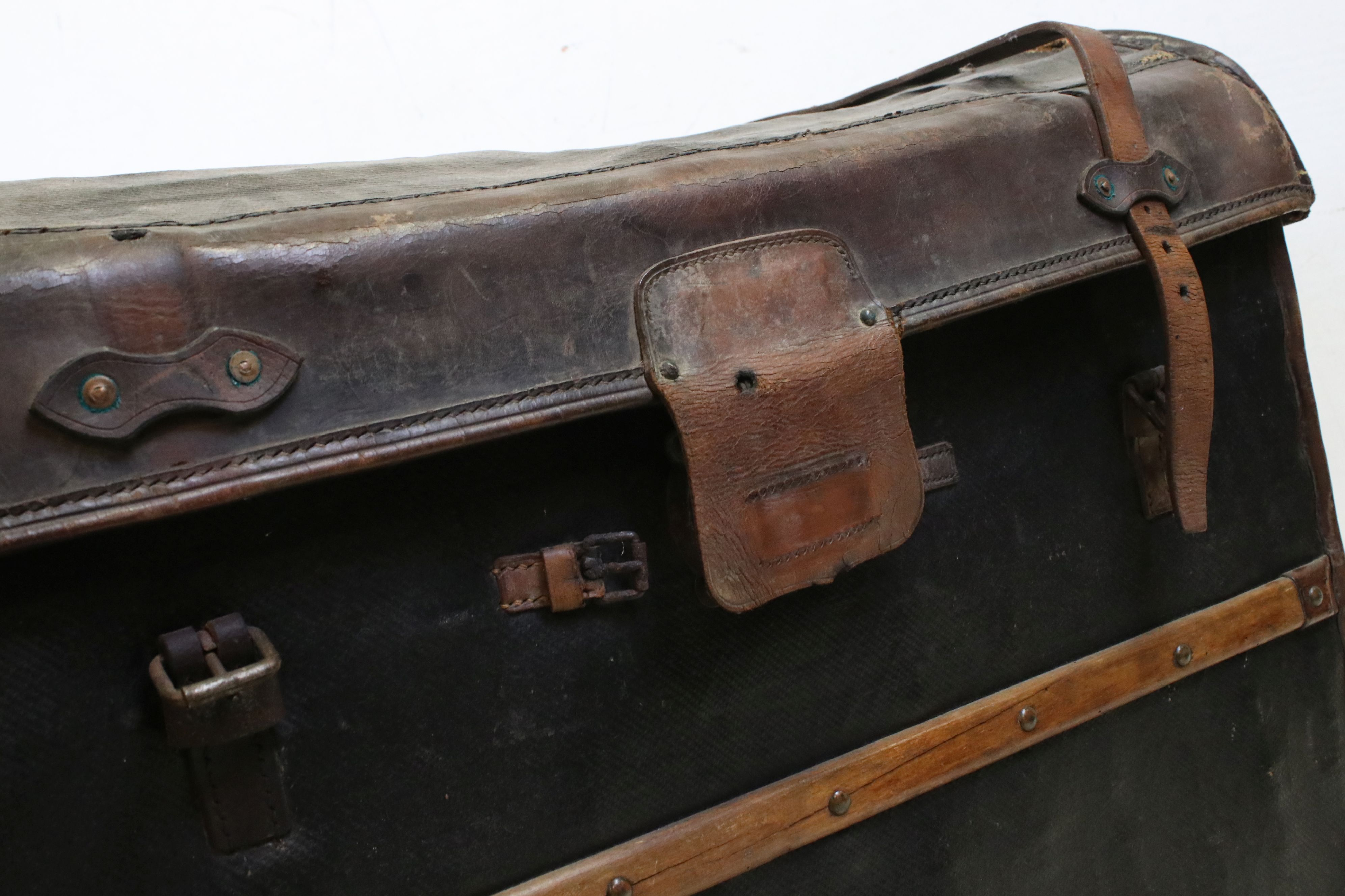 19th century Domed Top Wicker Leather Bound Travelling Trunk with Drop-in Tray, 82cms long x 66cms - Image 6 of 7