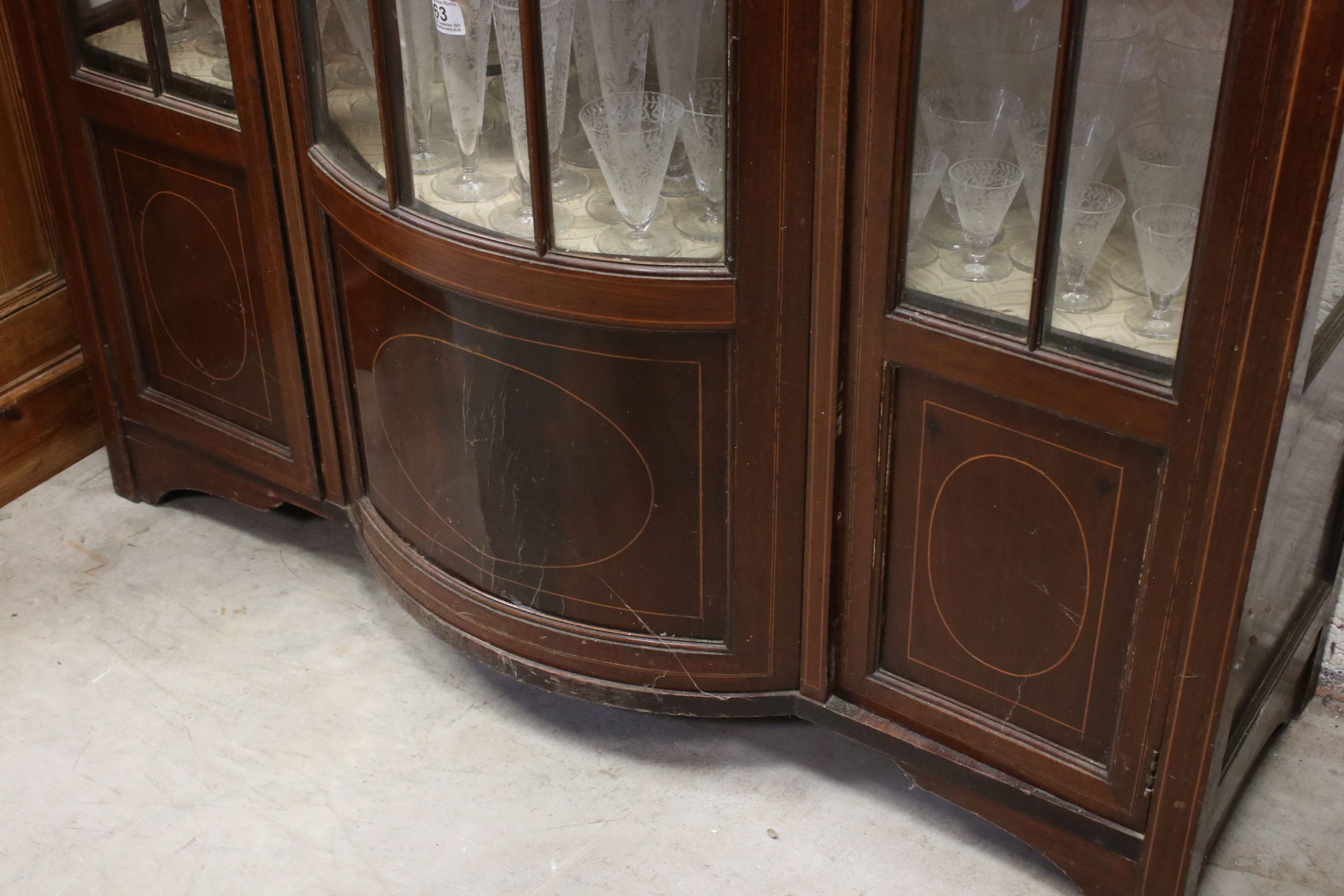 Edwardian Mahogany Inlaid Display Cabinet, 114cms wide x 153cms high - Image 4 of 5