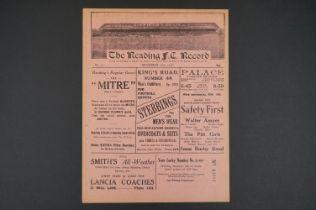1927/28 Reading Reserves v Swindon Two Reserves football programme played 12th Nov 1927, vg