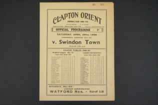 1938/39 Clapton Orient v Swindon Town football programme played 29th April 1939, folded, vg