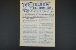 1911/12 Chelsea v Swindon Town football programme played 20th Jan 1912 in SEL, ex bound issue, gd
