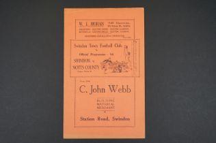 1937/38 Swindon Town v Notts County football programme played 1st Jan 1938, vg