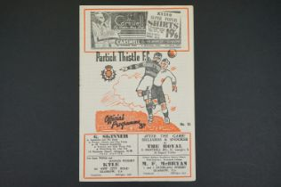 1925/53 Partick Thistle v St Mirren football programme played 21st Feb 1953, some foxing marks,