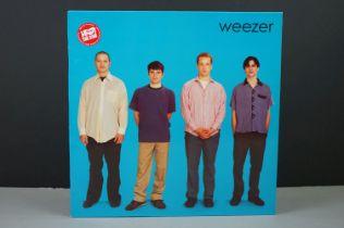 Vinyl - Weezer self titled LP special pressing Time Bomb on Geffen GEF24629, vg++