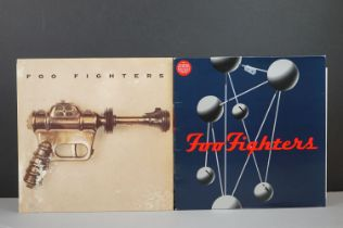 Vinyl - Two Foo Fighters LPs on Roswell / Capitol to include self titled EST2266 with inner, and The