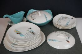 """A collection of Midwinter Stylecraft """"Cannes"""" pattern dinner service to include 6 x dinner plates, 6"""