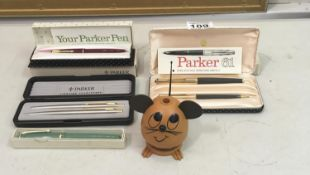 Parker 61 a gold plated boxed set comprising fountain pen and pencil with original box, a Lady 17