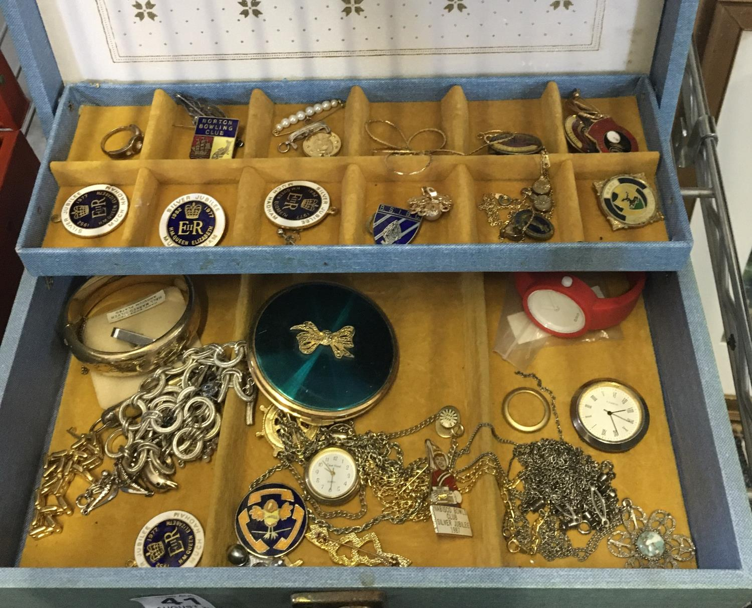 Jewellery box and contents, - Image 2 of 2