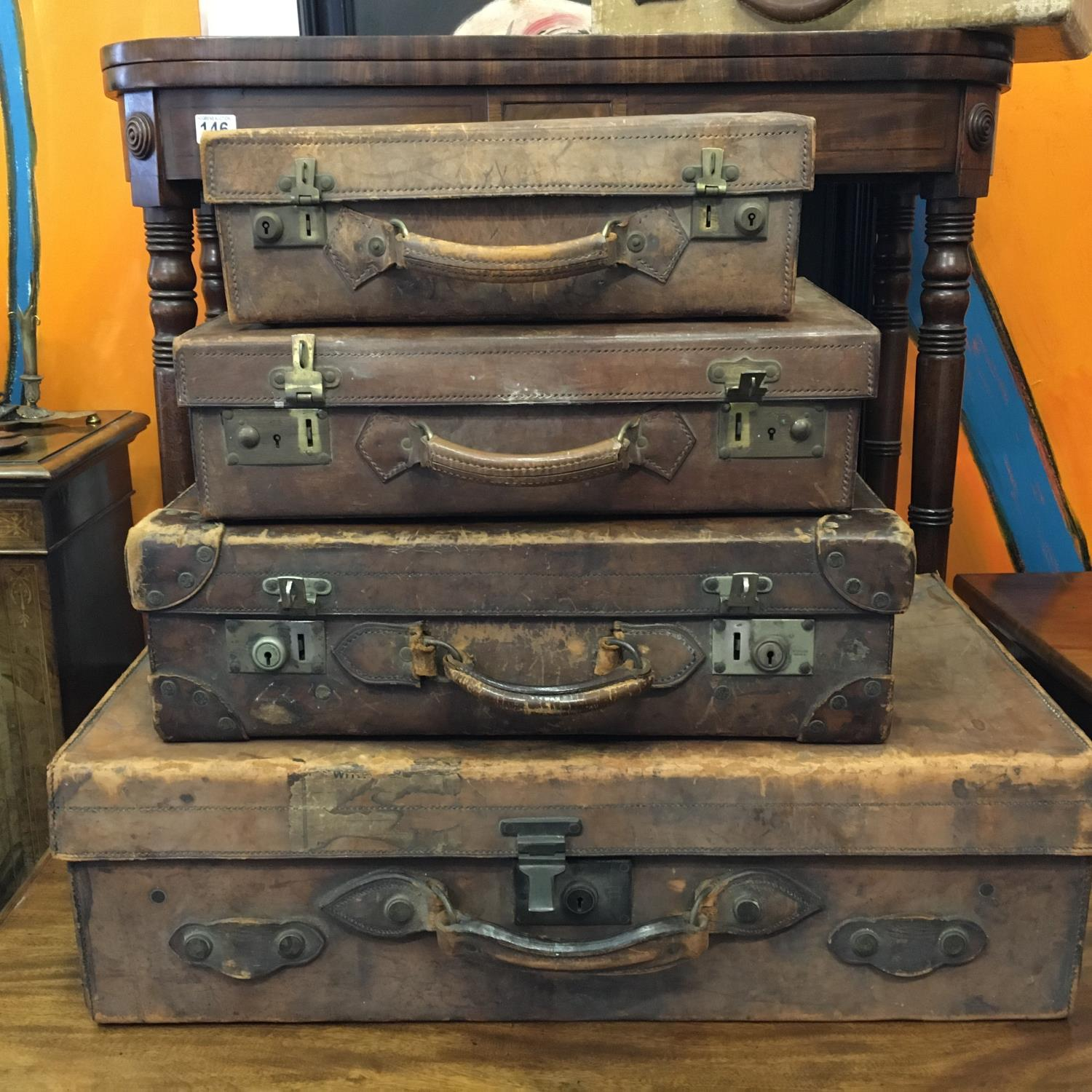 4 x matching antique leather suitcases of graduating size in what appears to be a set of 4, and 1 - Image 9 of 9