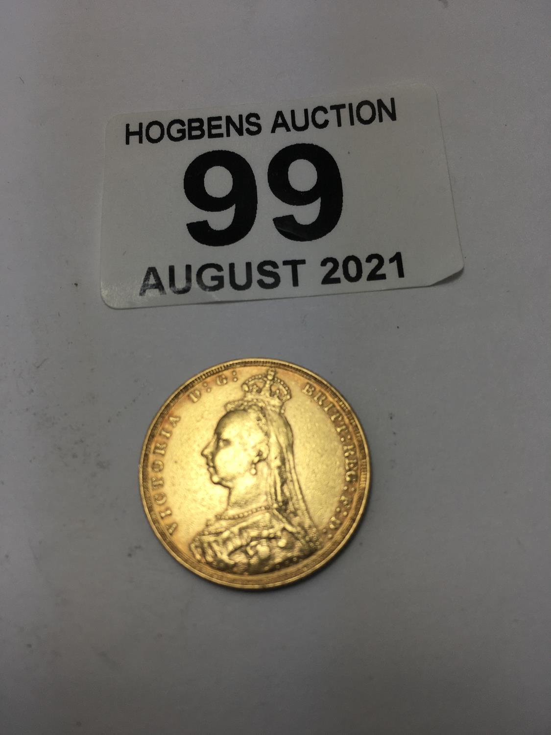Full gold Victorian Sovereign, dated 1890 good condition - Image 2 of 2