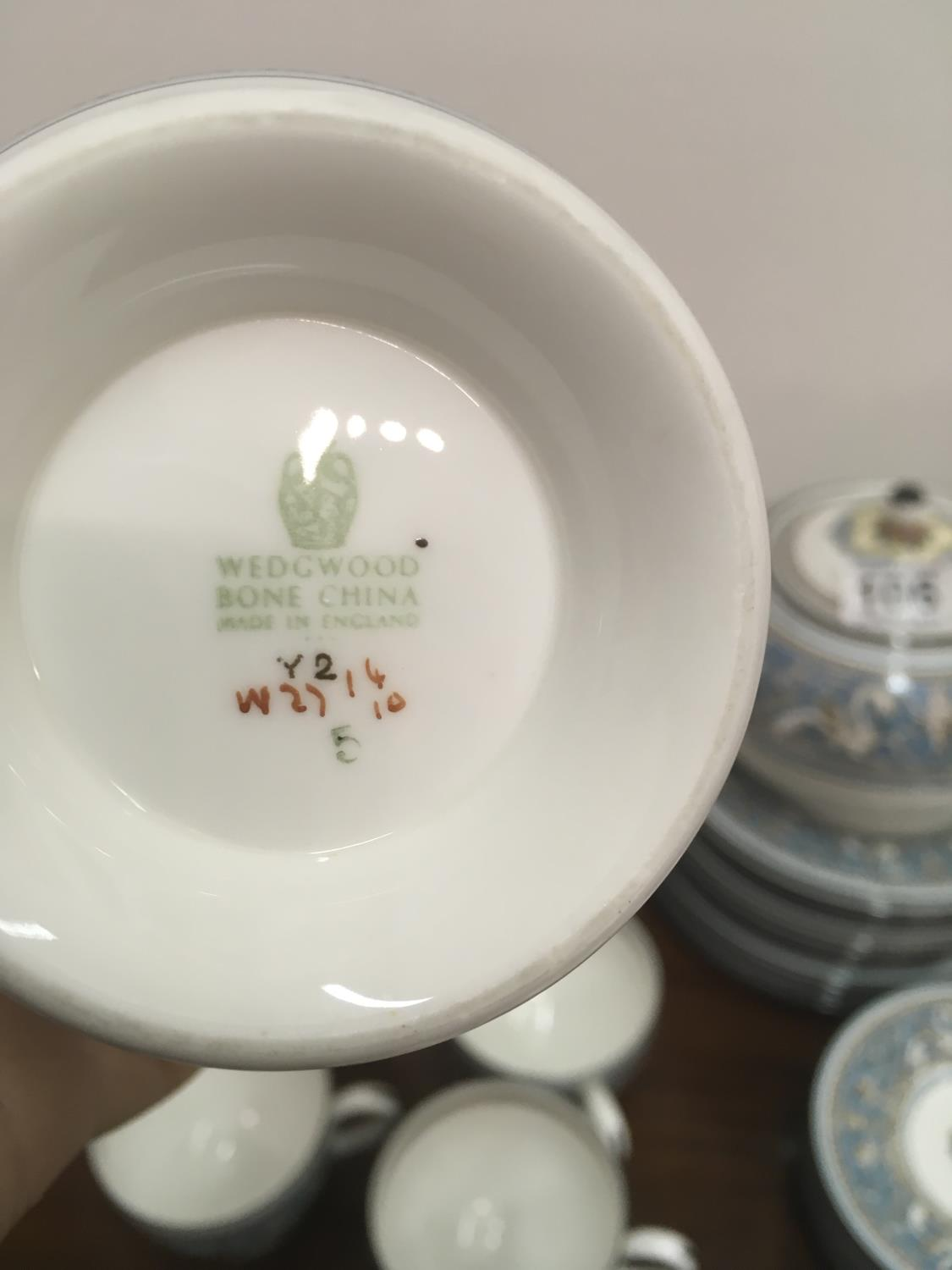 Wedgwood Classical Tea and Coffee set 8 place setting includes, coffee pot, tea pot, cream and - Image 5 of 7