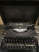 CASED OLIVER TYPEWRITER CROYDON 1953 IN GOOD CONDITION