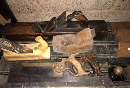 QTY OF WOODEN PLANES, SAWS & VINTAGE ITEMS