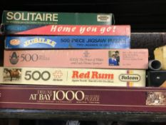 SHELF OF VINTAGE BOARD GAMES & JIGSAW PUZZLES INCL; ESCALADO, SOLITAIRE, DOMINO'S A/F