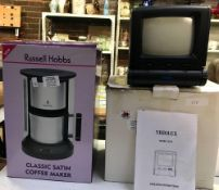 BOXED VISIO LUX TELEVISION MODEL 1421B & BOXED RUSSELL HOBBS CLASSIC SATIN COFFEE MAKER
