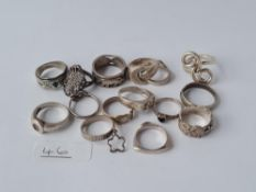 Fifteen vintage silver rings - 67/4gmds