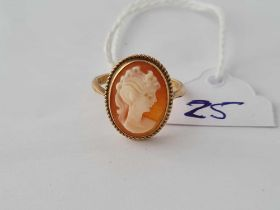 A cameo ring 9ct size N 1/2 - 2.9 gms