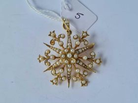ANTIQUE VICTORIAN 15CT MARKED STAR PENDANT BROOCH SET WITH HALF PEARLS, TOTAL LENGTH INCLUDING