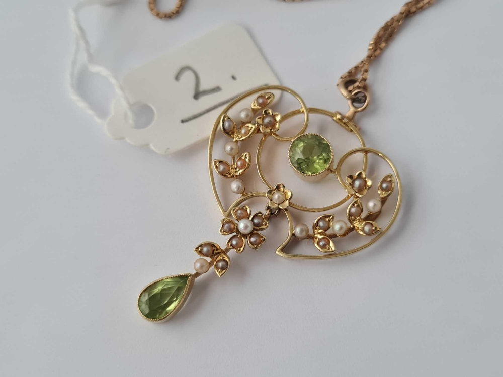 A art Nouveau and pearl and peridot pendant 15ct gold on 9ct neck chain - Image 2 of 2