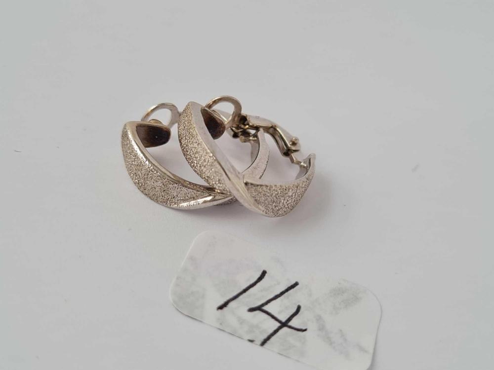 Pair of fancy 18ct white gold half hoop earrings 6.1g