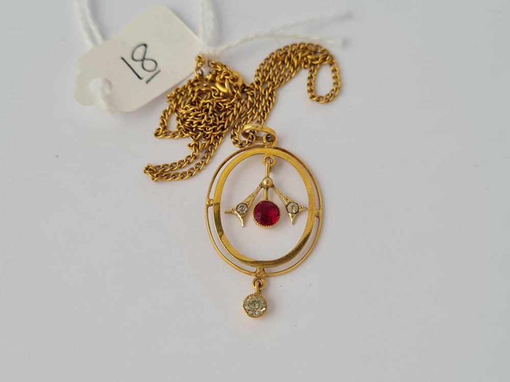 A red & white stone floral 9ct pendant on 9ct chain 2.8g inc