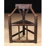 An 18th/Early 19th Century Turner's Chair.