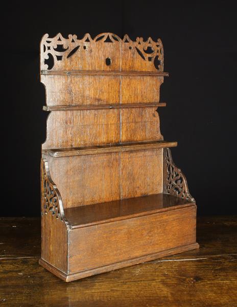 A Fabulous 18th Century Boarded Oak Pipe Rack, Circa 1760.