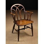 A 19th Century Hoop-back Windsor Armchair attributed to Buckinghamshire Circa 1800-1840 in the