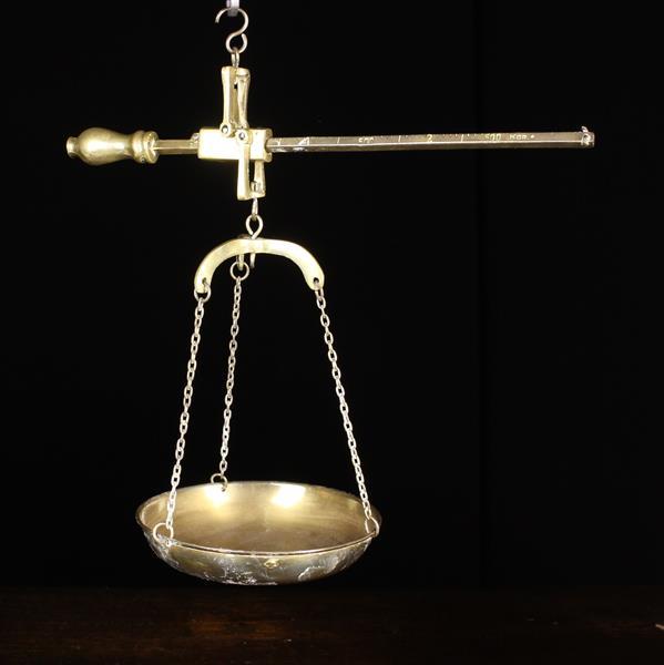 "A Pair of Greek Vintage Brass 500g Beam Scales, 10¾"" (27 cm) in length."
