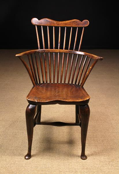 A Late 18th/Early 19th Century Comb-back Windsor Armchair of good colour & patination. - Image 2 of 2