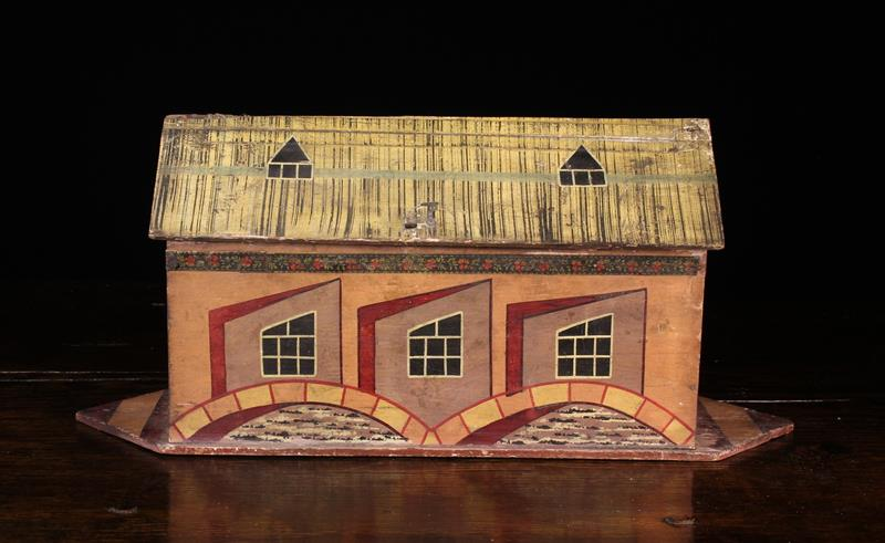 A German Painted Wooden Toy Noah's Ark & Animals, Circa 1930, attributed to the Erzgebirge region. - Image 4 of 4